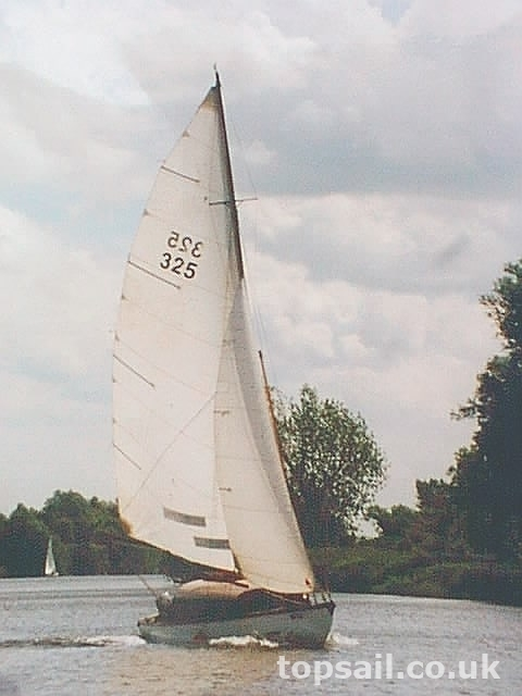 Truman Fantasy Broads Sailing Cruiser