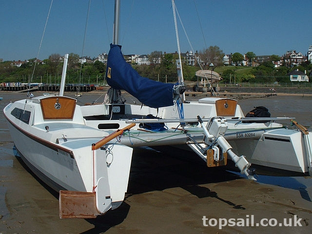 Strider 24 Catamaran (1398) - Topsail Marine Yacht Brokers