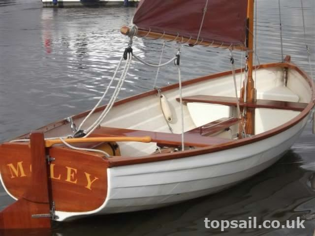 Traditionally Styled GRP Broads Sailing Dinghy & Trailer ...