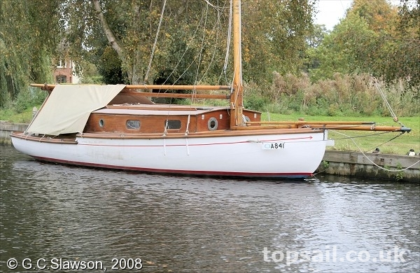Woods Gay Lady Class River Cruiser