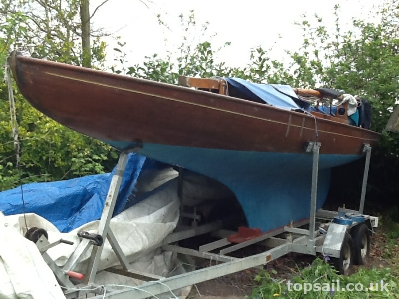 Broads One Design (BOD, Brown Boat) & Trailer