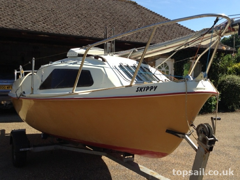 Skipper 17 Mariner 17 Twin Plate Version Amp Trailer Sold