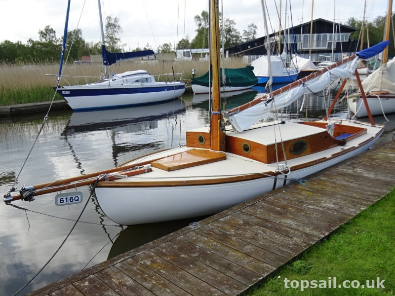 Thurne Restricted Class Type Sailing Cruiser (GRP Hull)